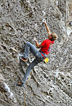 Young German rock star, Alex Megos, crushing at the Dark Side, Red River Gorge. Hörst photo.