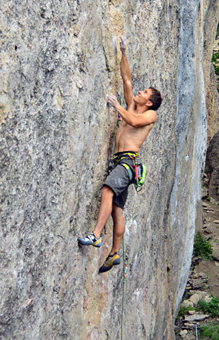 "Climbers who consistently push their limits, like Jonathan Seigrist, develop a distinct set of mental skills and ""tricks."" Here J-Star sends the FA of Buck & Spin at Ten Sleep, WY. (Hörst photo)."