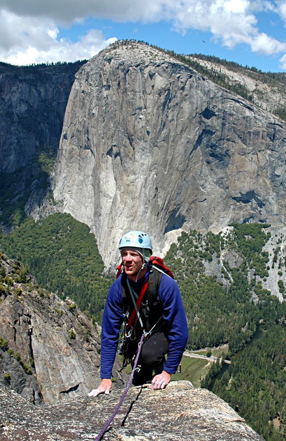 Keith McCallister topping out high above the valley floor. Hörst photo.