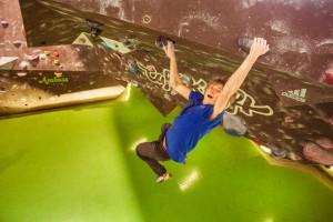 Alex Megos having fun training at Café Kraft. (Hüch photo)
