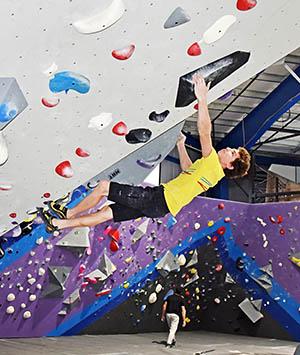 reach climbing