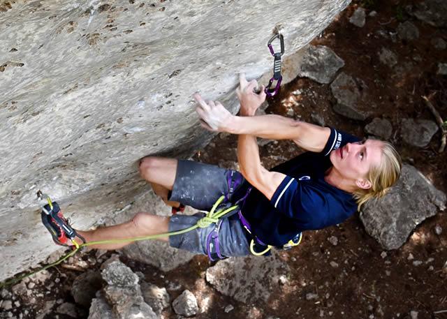 Cameron Horst climbing White Lightning